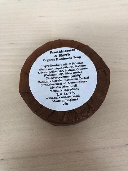 Mini Saboon Alee organic soap in Myrrh & Frankince
