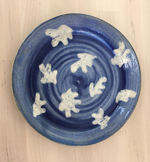 Stoneware 'cut-outs' plate