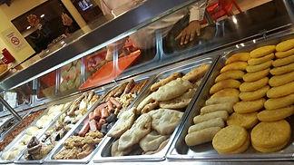 desayuno con cliente en fila.jpg