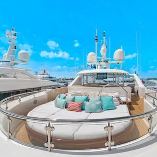 grafton_furniture_miami_Lifestyle_Gigi24