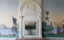 Trumeau de cheminée et papier-peint