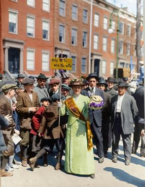 suffrage-parade-b.jpg