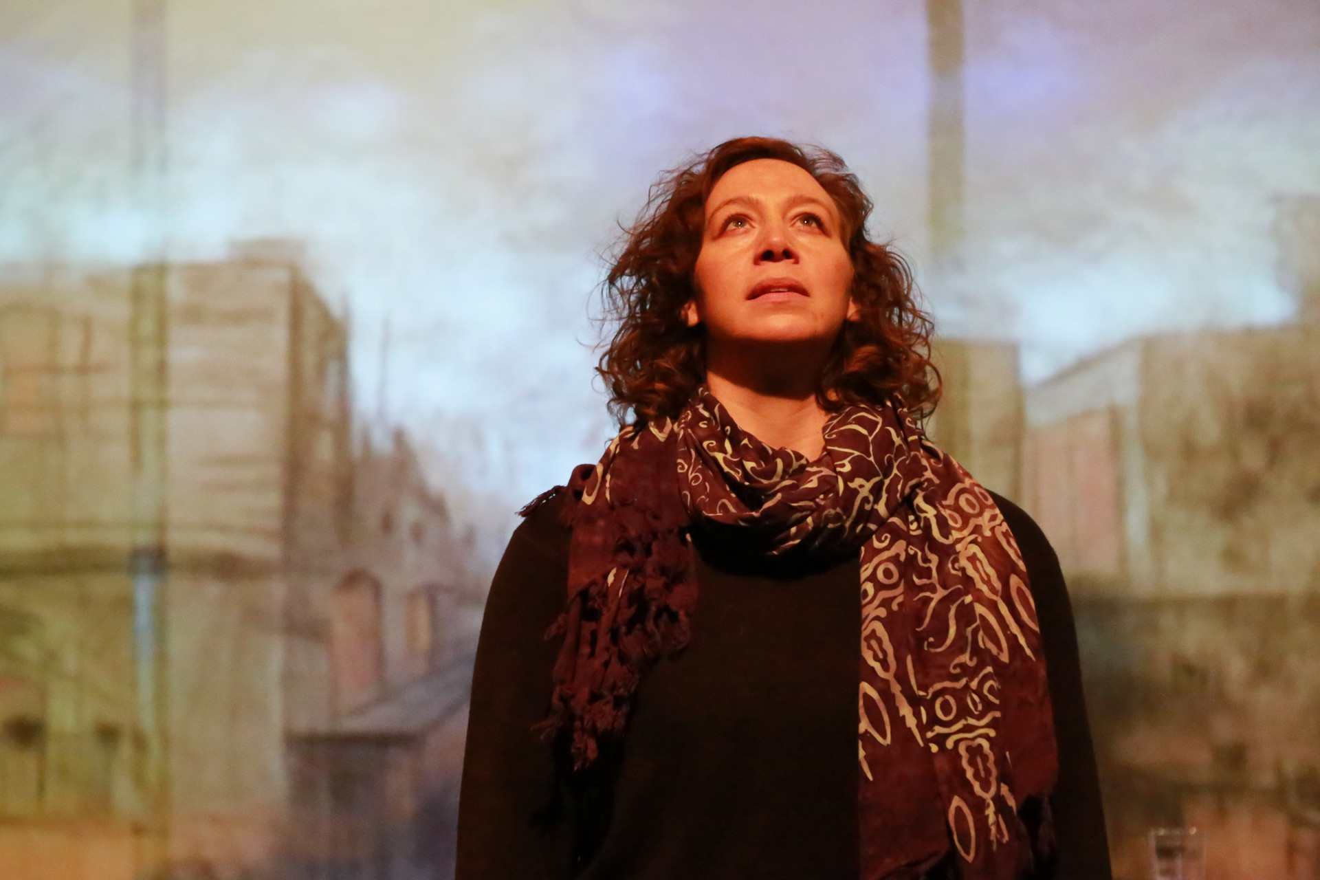 Performer Deb Radloff as Cassandra in the 2016 Dixon Place performance.