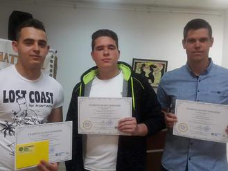 Инър Уийл клуб – Ботевград награди изявени ученици
