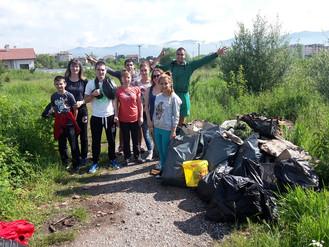 """Участие в инициативата """"Да изчистим България заедно"""""""