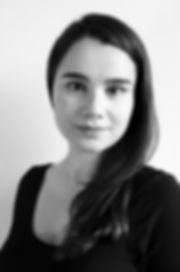 Annie Warburton VO headshot 1.jpg