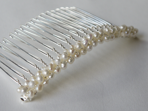 tiny nugget pearl hair comb