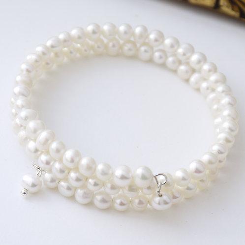 round ivory freshwater pearl bangle bracelet