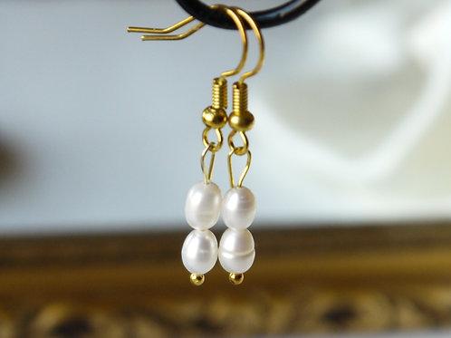 delicate freshwater rice pearl hook earrings