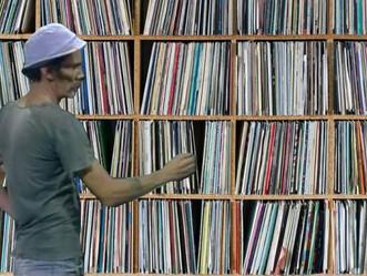 Ainda tem discos de vinil sem uso em casa ?