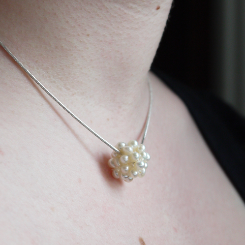 little freshwater pearl sphere cluster necklace