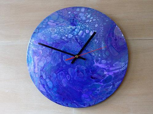 Fluid Art Clock