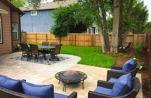 backyard patio, dining area, lounge area, paver patio