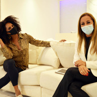 Dra. Jacqueline Renault recebe Bombom em live