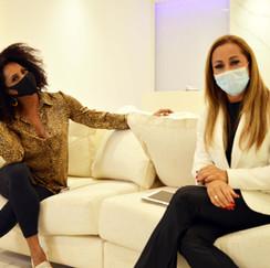 Dra. Jacqueline Renault recebe Bombom em live sobre saúde e bem-estar