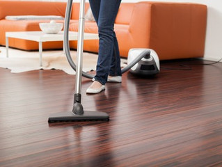 Do's and Don't' ts in wood floor maintenance