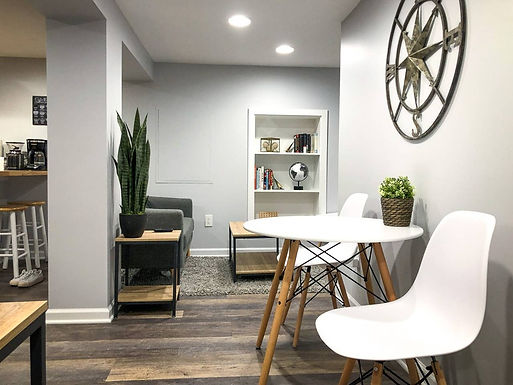 Convenient and Cozy Hideaway in Midtown Indy