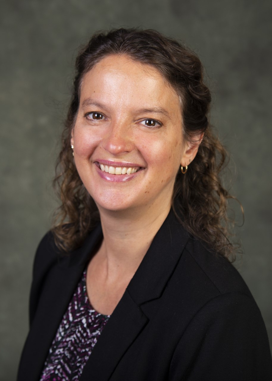 Portrait of SVSS Board Member Sarah McQuillan