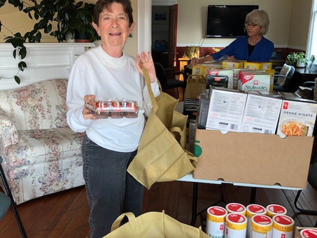 Mary, Grocery Shopping Bus Volunteer