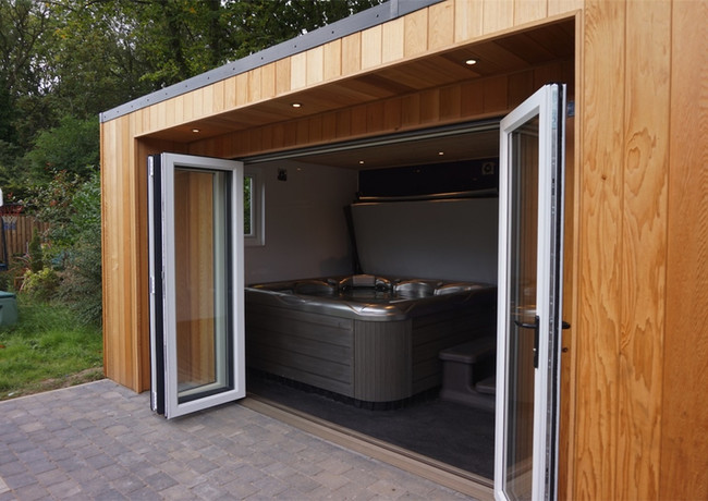 Gardenroom & hot tub project, Sunderland