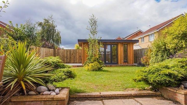 Bespoke gardenroom & Trex composite decking in Blyth, Northumberland