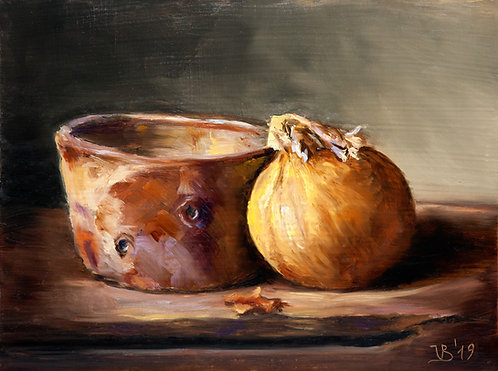 Onion and a Faisselle Pot