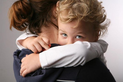 Мама выходит на работу. Как помочь ребенку привыкнуть к няне