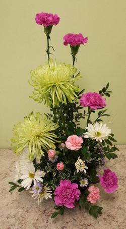 mum and carnation arrangmement