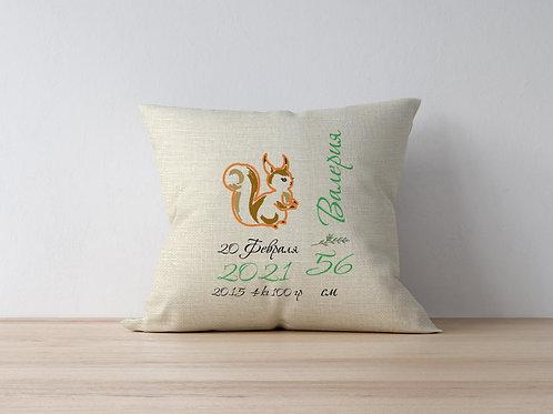Подушка вышитая – Белка