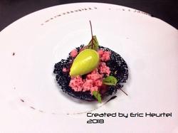 unchefdansmacuisine.salt.ericheurtel tartare de saumon, tuile encre seiche, granite tomate et mousse
