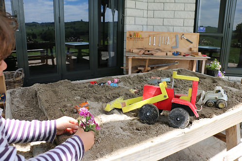 THE SANDPIT TABLE