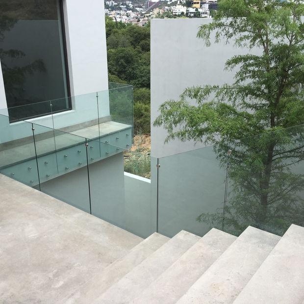 barandal de vidrio templado cacheteado