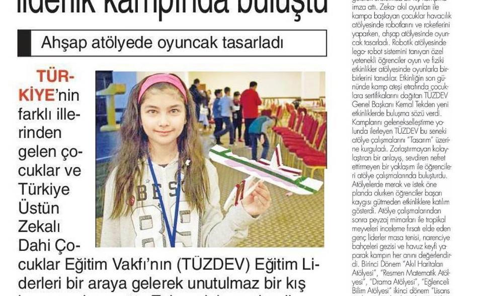 Özel yetenekli öğrenciler liderlik kampında... Türkiye'nin farklı illerinden gelen çocuklar ve Türkiye Üstün Zekalı Dahi Çocuklar Eğitim Vakfı'nın (TÜZDEV) eğitim liderleri bir araya gelerek unutulmaz bir kış kampına imza attı.