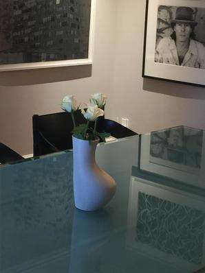 Ampersand Vase Natural by Altarik Banks (HOMA STUDIOS)