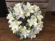Lily open wreath