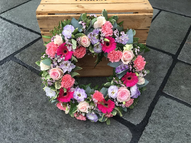 Pink and lilac open wreath