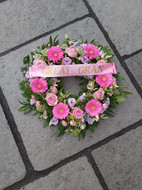 Pale pink mixed flower open wreath