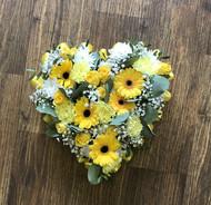 Mixed yellow flower heart