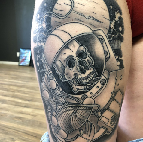 Nathan Rice, Hand & Dagger Tattoo