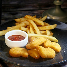 Kids' Chicken Nuggets & Fries