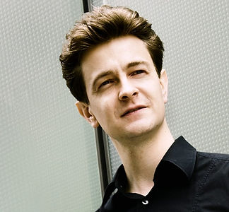 cropped.Andrei-Henri-Bonamy-Pianista-Fot