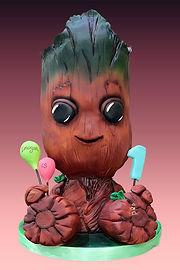 Baby Groot cake.jpg