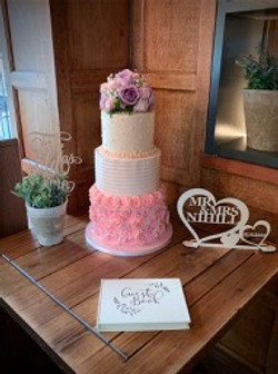 Piped buttercream wedding