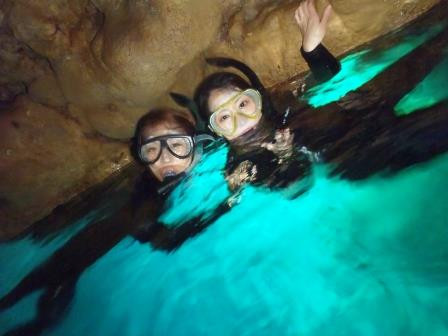 青の洞窟 シュノーケル 女子旅