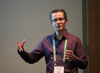 Stuart gives an invited lecture at the IUPAC Macro Conference, Cairns,
