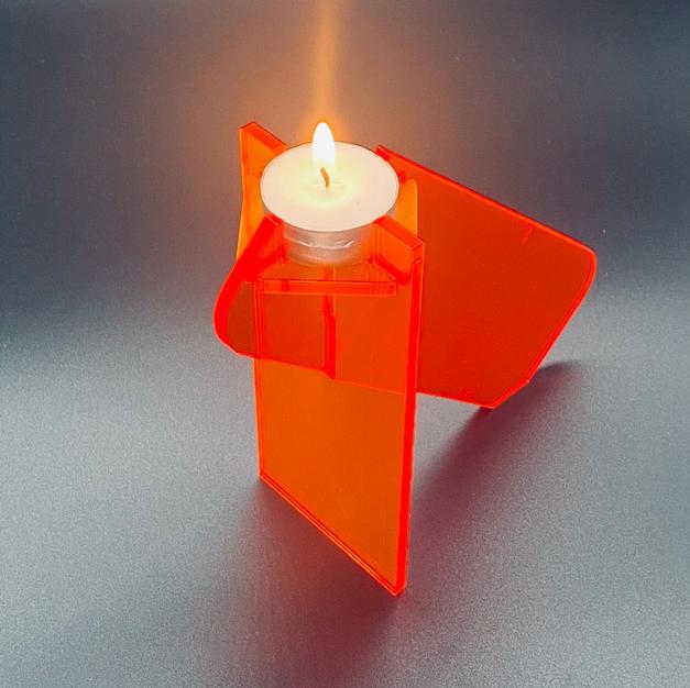Abstract tea light holder