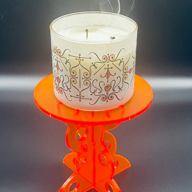 Candle jar plynth