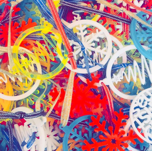 Multicolour decorations