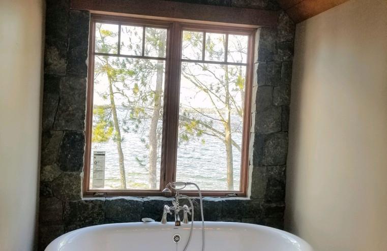 Interior Bathroom Wall Stonework