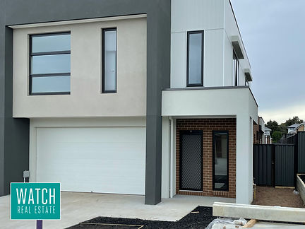 Spacious Townhouse Ready to move into